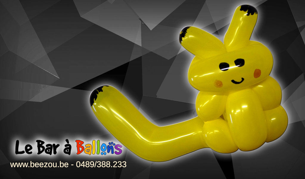 sculpture de ballon pikachu