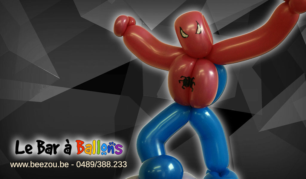 sculpture de ballon spiderman
